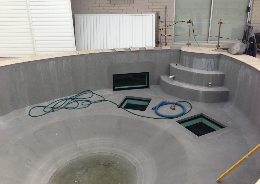Pool with new rendered surface
